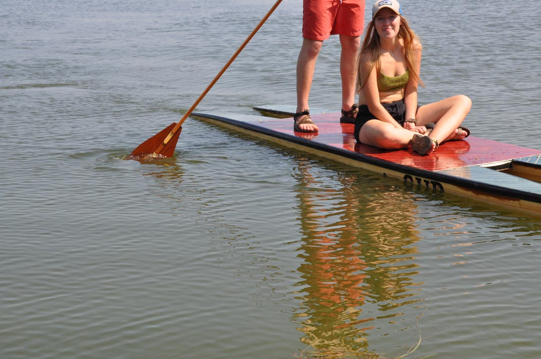 picture of a supCAT big enough for two.
